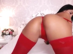 roumaine brunette cam slut ass twerk thong