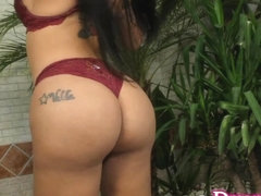 Tattooed Transsexual Nicolly Pantoja Takes a Fucking Machine Anally