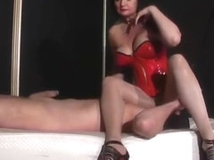 DOMINATRIX DINAH - YOUR NOSE IN MY PANTYHOSE 2