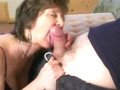 Mature norwegian bitch give homemade oral sex
