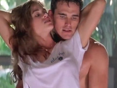 Celebrities Denise Richards & Neve Campbell Threesome Sex