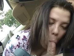 Tinder Girl Gives Me A Blowjob In A Parking Lot
