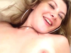 Car wash slut Alice White gets it