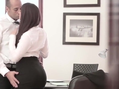 Valentina the office slut