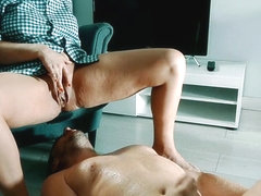 How to Pleasure a Woman. Piss and Squirting orgasm on his face.
