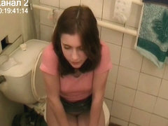 Voyeur pleasure on toilet