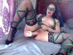 Poison Ivy seduces Batman into fucking her