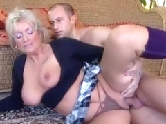 Mature Italian mom will be drilled like never before