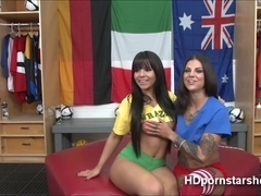 Gorgeous Babes Bonnie and Rose hot sex live in webcam