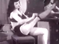 bettie page show - bymonique