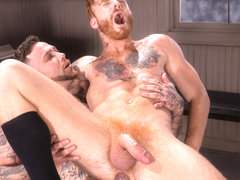 High n' Tight XXX Video: Bennett Anthony, Gage Unkut - FalconStudios