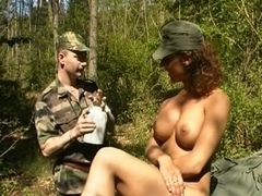 laura guerlain in army
