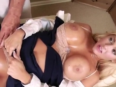 Winsome busty Kayla Kayden allows guy to cum inside