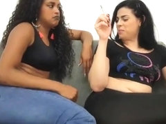 Two Brazilian girls farting (compilation)