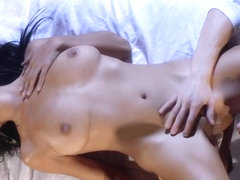 Hot Latina Cassandra Cruz gets an oily massage