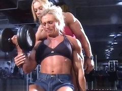 bodybuilder woman training