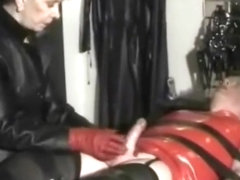 Finishing him using smelly old thin tight and red soft leather gloves